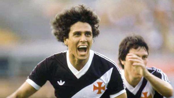 Roberto Dinamite é o maior artilheiro da história do Campeonato Brasileiro.