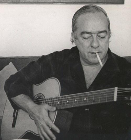 Vinicius de Moraes compôs diversas canções da MPB. [2]