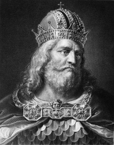 Carlos Magno foi o grande rei do Império Carolíngio e responsável por expandir os territórios carolíngios.