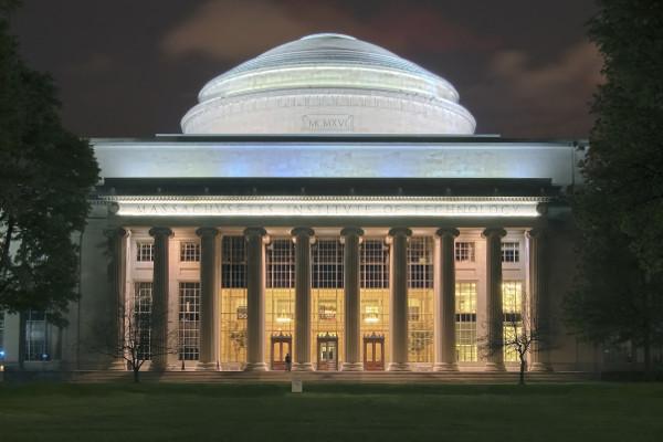 Massachusetts Institute of Technology (MIT), nos Estudos Unidos